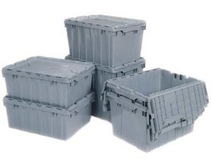 Are Plastic Totes Better than Cardboard boxes for Moving?
